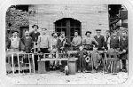 groupe d'ouvriers de la Papeterie des Charbonniers (Thiers, Puy-de-Dôme, France)